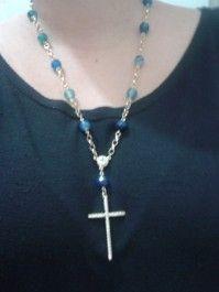 Colar tipo terço com ágata azul. www.jobijoias.com.br