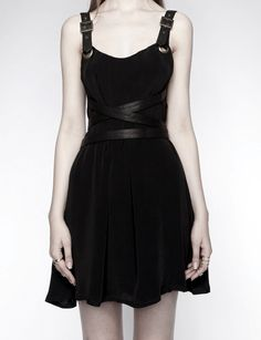 Awesome Summer Dresses darkified black dress - love the detail. Pretty Outfits, Cool Outfits, Fashion Outfits, Womens Fashion, Petite Fashion, 90s Fashion, Fashion Online, Dark Fashion, Gothic Fashion