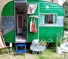 """Would love to find a great vintage camper and """"glamp it up"""" because camping is fun ~ but glamping rocks! A cute idea for a kids outdoor play-house! Retro Caravan, Retro Campers, Happy Campers, Vintage Campers, Airstream Campers, Caravan Ideas, Small Campers, Camper Caravan, Gypsy Caravan"""