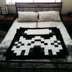8-Bit Stormtrooper Afghan Blanket by AmandaJayne00 on deviantART (250 granny squares)