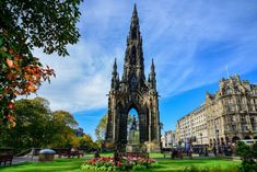 The amazing Scott monument in Edinburgh, Scotland Old Town Edinburgh, Edinburgh Castle, Edinburgh Scotland, Scotland Uk, Scott Monument, Holyrood Palace, Church Of Scotland, Instagram Queen, Place Of Worship