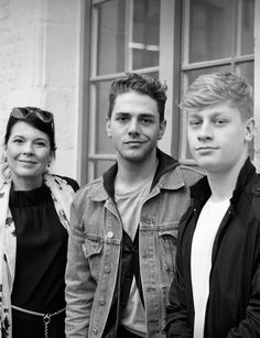 Anne Dorval, Xavier Dolan & Antoine Olivier Pilon Xavier Dolan, Niels Schneider, Perfect Movie, Film Books, Illustrations And Posters, Screenwriting, Male Beauty, Cinematography, Famous People