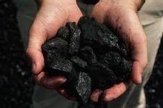 Energía no renovable: -Carbón, es el cuarto elemento mas abundante en el universo. El uso principal del carbón es el hidrocarburos, principalmente el gas metano y el petróleo crudo. También se utiliza sobre todo para obtener energía y antiguamente como combustible en los medios de transporte y en las casa.