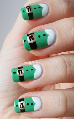 not sure if this should go under the nails board or Christmas. but these are amazingggg
