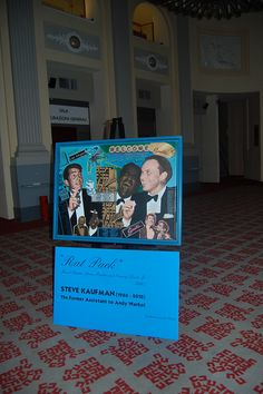 Steve Kaufman ''Rat Pack'' Painting on Showcase as Popular Production Premieres in Italy     http://www.prbuzz.com/entertainment/85933-steve-kaufman-rat-pack-painting.html