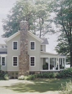 Farmhouse Exterior Design Ideas - To obtain the contemporary farmhouse search your exterior, crisp paint colors are essential. Black, white, natural wood, or a mix of the three are normally ... #farmhouseexterior #farmhouseideas  #farmhouseexteriorlighting