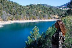 ΛΙΜΝΗ ΤΣΙΒΛΟΥ – ΖΑΡΟΥΧΛΑ   ΟΡΕΙΝΗ ΑΧΑΪΑ Greece Destinations, River, Mountains, Nature, Outdoor, Vintage, Outdoors, Naturaleza, Greece Vacation
