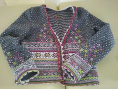 beatiful grey wit pink white green just. Fair Isle Knitting Patterns, Fair Isle Pattern, Knitting Stitches, Knitting Designs, Knitting For Kids, Baby Knitting, Knit Cardigan, Knit Crochet, Knitwear