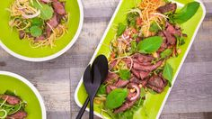 Thai Beef Salad Asian Recipes, Beef Recipes, Healthy Recipes, Asian Foods, Thai Recipes, Healthy Meals, Chicken Recipes, Cooking Recipes, Kitchens