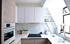 carrelage en marbre pour la cuisine sous pente