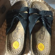 Dexter woman's three strap sandals Black strapped comfy sandals used stil have a ton of life in them my loss is your gain . Comfy Dexter reflex  Shoes Sandals