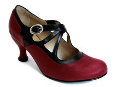 I've had my eye on these for about two years now. Fluevog, pretty please? Pearl Set, Me Too Shoes, Red Shoes, Shoes Heels, Shoe Shop, Italian Leather, Mary Janes, Retro Fashion, Character Shoes