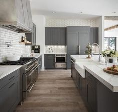 62 Amazing Grey Kitchen Design Ideas ~ My Dream Home Grey Kitchens, Modern Farmhouse Kitchens, Rustic Kitchen, Home Kitchens, Small Kitchens, Modern Grey Kitchen, Farmhouse Sinks, Contemporary Kitchens, Transitional Kitchen