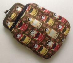 Porta Óculos, lápis, etc <br>Confeccionado em tecido 100% algodão, manta acrílica. <br>Faço em outras estampas!