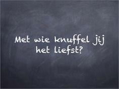 Filosoferen: filosofeerkaartje 'Met wie knuffel jij het liefst?'