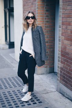 a6bdcfa87b7b0 boyfriend blazer, adidas stan smith, street style Jeans With Heels, Big  Fashion,