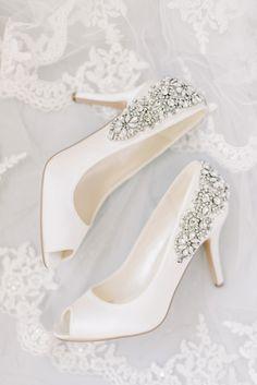 Cowgirl Wedding, Bridal Wedding Shoes, White Wedding Shoes, Wedding Boots, Hotel Wedding, Wedding Day, Wedding Decor, Sikh Wedding, Wedding Rings