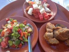 How to Eat (& Drink) your way around Portugal  Via Savoir There | 18.09.2012  Portuguese tapas lunch