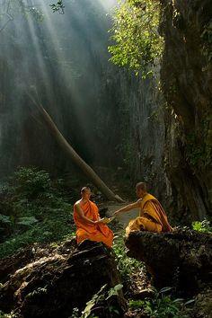 #Buddhism #Buddhist #monks