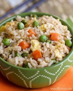 Homemade Fried Rice recipe - tastes just like the restaurant! { lilluna.com }