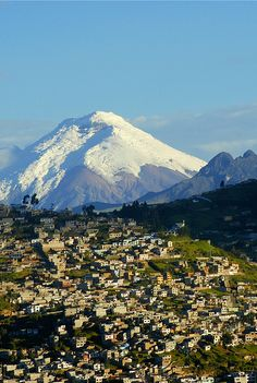 Quito, Ecuador, with mighty Cotopaxi volcano. Santa Lucia, Machu Picchu, Hotel Quito, Places To Travel, Places To See, Places Around The World, Around The Worlds, Equador Quito, Beautiful World