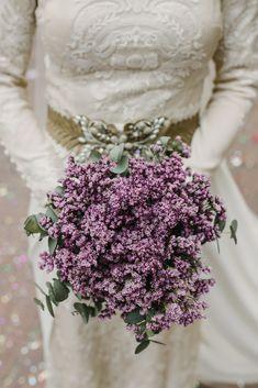 #ramosdenovia #fabianluquefotografia #fotografoscordoba #noviaselegantes #fotografosdeboda #noviascordoba #boda #ramosnaturales  #novias Floral Tie, Fashion, Wedding Bouquets, Brides, Wedding, Moda, Fashion Styles, Fasion