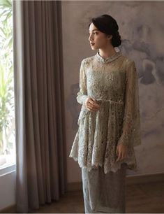 Source by ridhaulia brokat Hijab Gown, Kebaya Hijab, Kebaya Brokat, Hijab Dress Party, Turban Hijab, Kebaya Lace, Kebaya Dress, Batik Kebaya, Kebaya Wedding