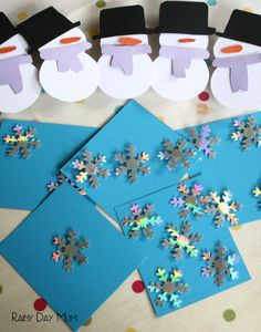 Snowmen Count and Peg Math Activity. DIY resource for kids to work on MATH skills and fine motor work.