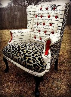 42 Hard-to-decide Sofa Upholstery Fabric Designs Funky Furniture, Refurbished Furniture, Upcycled Furniture, Unique Furniture, Shabby Chic Furniture, Furniture Makeover, Furniture Dolly, Furniture Vintage, Furniture Ideas