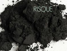 Risque #younique #makeup #eye shadow www.youniqueproducts.com/stacyvu