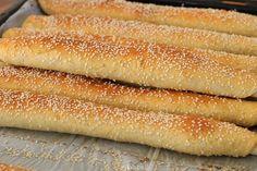לחמניות מאורכות Hot Dog Buns, Hot Dogs, Bread, Dinner, Food, Suppers, Essen, Breads, Baking