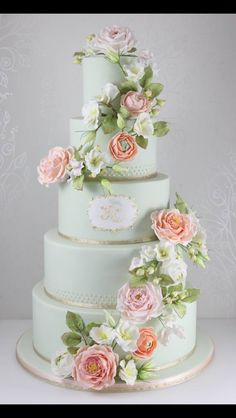 What a gorgeous cake