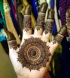 The most popular and unique Black Henna Designs for hands is present on this page. Hope you people like those designs and try them in Henna Art Designs, Mehndi Designs For Girls, Stylish Mehndi Designs, Mehndi Designs For Fingers, Wedding Mehndi Designs, Best Mehndi Designs, Mehandi Designs Arabic, Wedding Henna, Round Mehndi Design