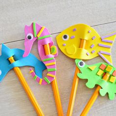 foam pencil toppers layer crafts foam shapes to create simple designs such as a sun turtle and car to secure a pencil through each cut two slits in the center as shown add to the top of a pencil and get writing - PIPicStats Art N Craft, Craft Stick Crafts, Diy And Crafts, Arts And Crafts, Pencil Topper Crafts, Pencil Toppers, Foam Crafts, Paper Crafts, Diy For Kids