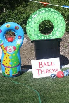 ball throw ?soaker balls thrown through the floatie that is taped to garbage can game idea