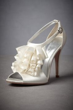 @kirsten Herrington  Bride's shoes