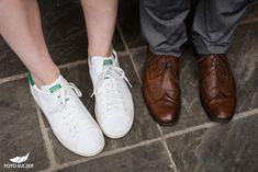 Hochzeit Lisa Alm Flachau – Lisa & Rob - Foto Sulzer Blog Lisa, Sneakers, Shoes, Fashion, Pictures, Engagement, Pretty Pictures, Simple, Nice Asses