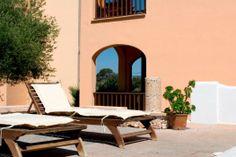Appartementen Playa Ferrera #Mallorca #Spanje #zonvakantie #zon #vakantie #strand #cultuur #water #zee #appartement #Costa #rotsen #rotsformatie #blauw #water #eiland #studio #reizen #travel #travelbird