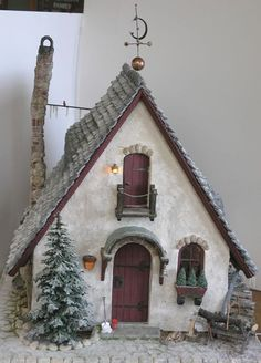 The Elves Cottage by Marylou Johnson~~~upper door with balcony Vitrine Miniature, Miniature Houses, Miniature Fairy Gardens, Pottery… Clay Houses, Ceramic Houses, Putz Houses, Paper Houses, Miniature Fairy Gardens, Miniature Houses, Christmas Home, Christmas Crafts, Pottery Houses