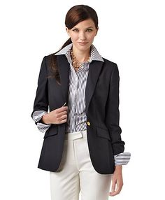 I'm a sucker for a classic navy blazer Business Attire, Business Fashion, Business Casual, Formal Tops, Cool Style, My Style, Simple Style, Style Finder, Work Looks