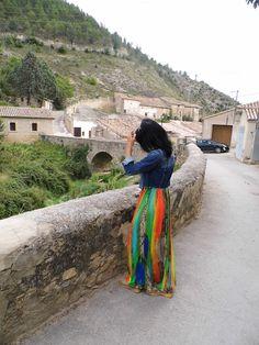 VIVE TU MODA: Estallido de color en mi vestido largo.