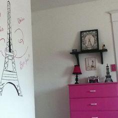 Paris themed room ~♥~.