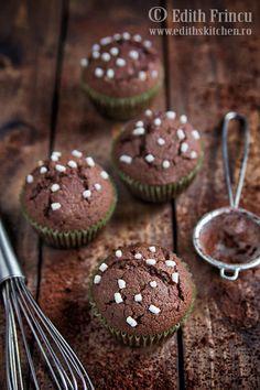 muffins cu nutella 1 Nutella, Edith's Kitchen, Muffins, Caramel, Marshmallows, Cupcakes, Cookies, Breakfast, Desserts