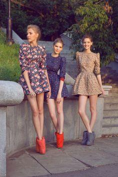 floral dresses & statement shoes - love it.