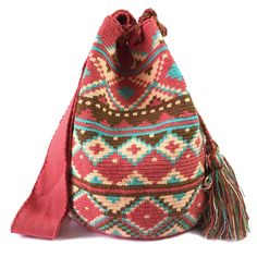 $83.00-$91.00 USD. Each #Wayuubag is one of a kind and has taken from 15-20 days to make, each make has been crafted with love in the desert of La Guajira, Colombia. www.lombiaandco.com Tapestry Bag, Form Crochet, Vivid Colors, Crocheting, Boho, How To Make, Crafts, Free, Inspiration