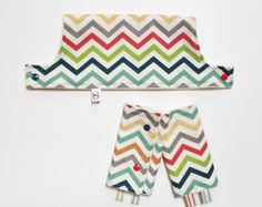 Completely ORGANIC Drool Pads and Top Teething Bib SET // Rainbow Chevron // Tula Beco Lillebaby