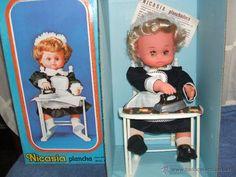 MUÑECA NICASIA planchadora - MUÑECAS VIEVIENTES ESVI ( AÑOS 70 )