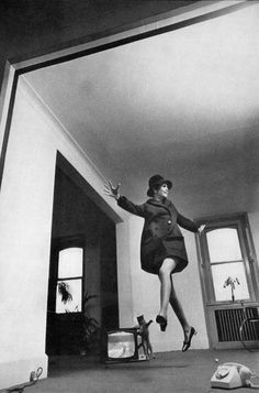Helmut Newton | Twiggy and the Cat, Twiggy (Lawson), Vogue UK, March 1967