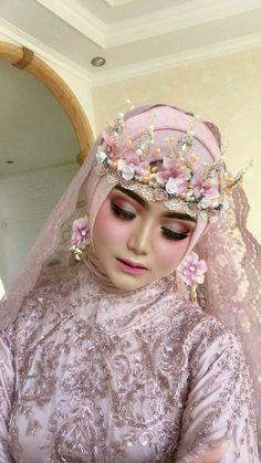 Wedding Goals, Wedding Make Up, Dream Wedding, Muslimah Wedding, Wedding Hijab, Arabic Makeup, Hijab Bride, Muslim Brides, Wedding Couples