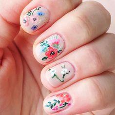 Floral nail art design.